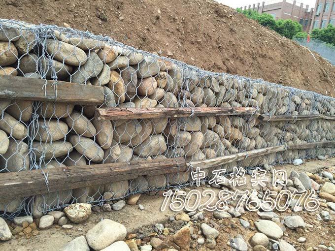 护岸铅丝石笼